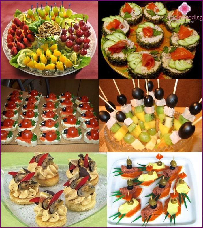 Sandwiches und Häppchen - Tischdekoration zum Chintz-Jubiläum