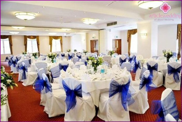 Banquet hall - a place for a sapphire wedding