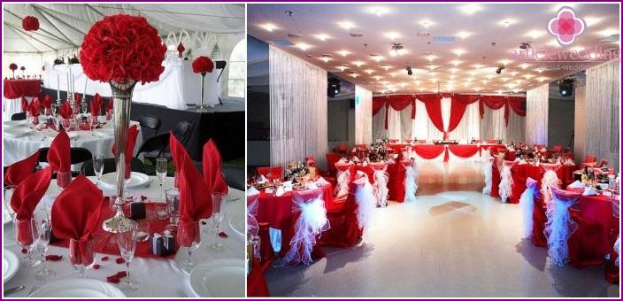 Hallendekoration zum 100. Jahrestag der Hochzeit
