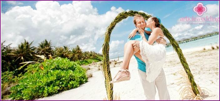 Uninhabited island Maldives for a wedding