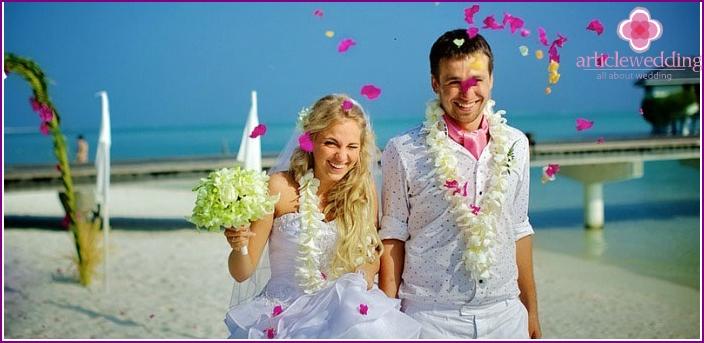 Magnificent symbolic wedding ceremony