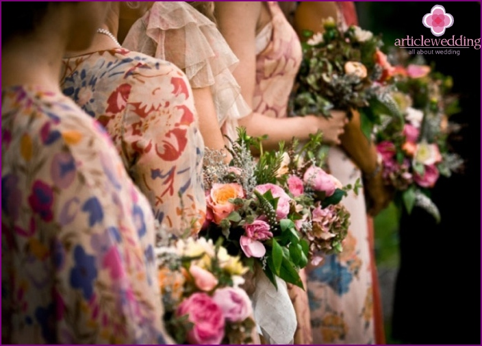 Floral Trends for Wedding Fashion Dresses