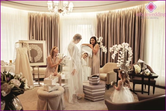 Preparing the bride for a Dubai wedding day
