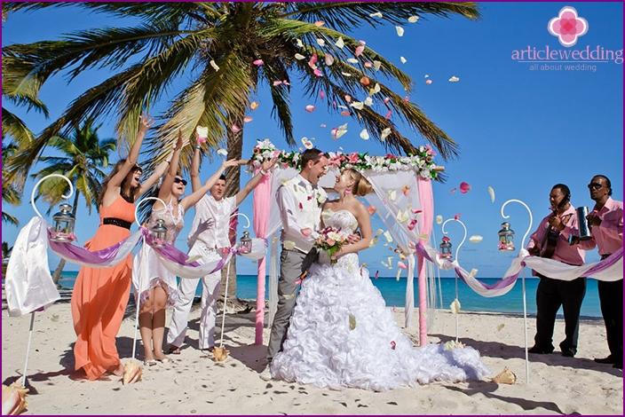 Wedding on the island of Bora Bora
