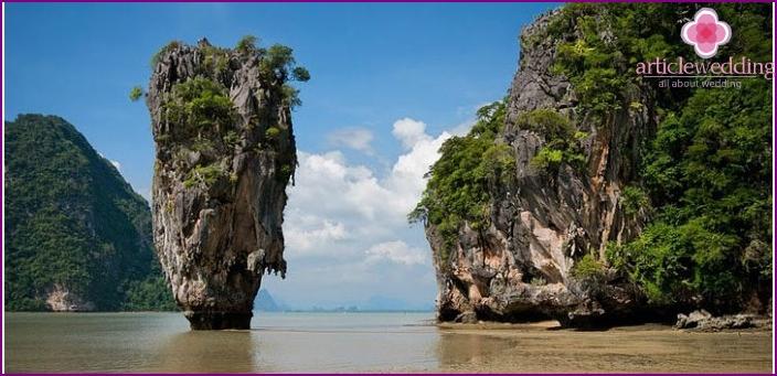 Felsige Küste von Thailand