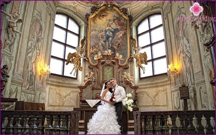 Hochzeitszeremonie im Schloss Liben
