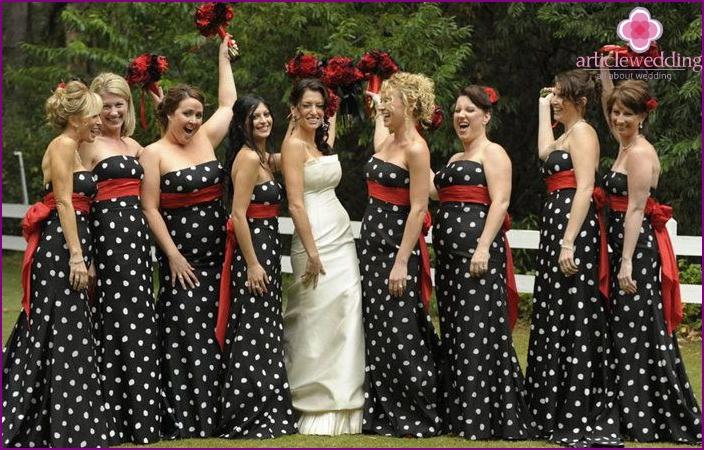 Polka Dot Dress Code for Themed Wedding