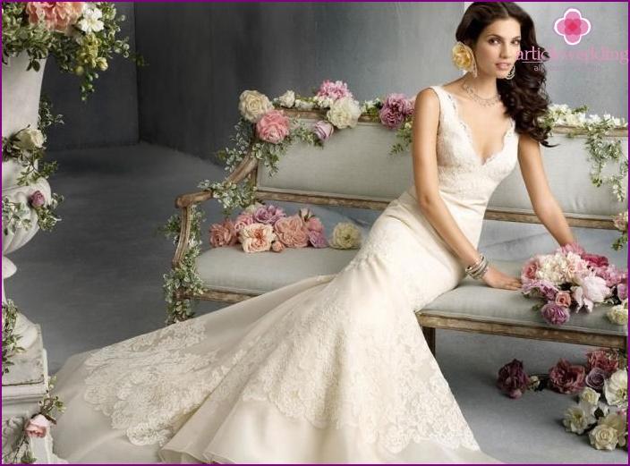 Ivory wedding dress ideas