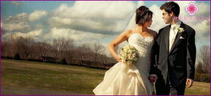 Ivory style: images of the newlyweds