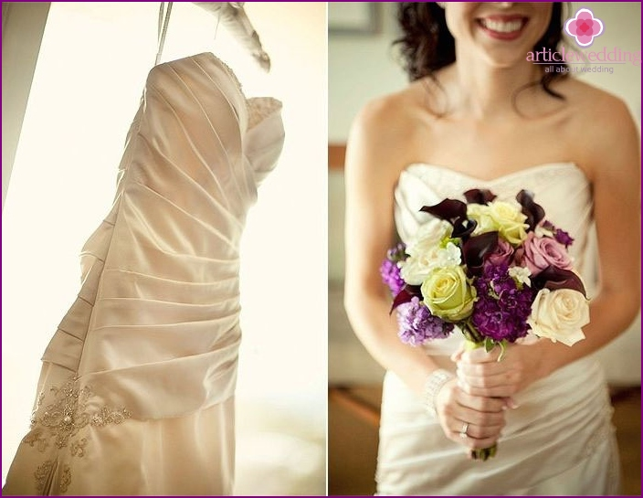 The combination of ivory dress and bridal bouquet