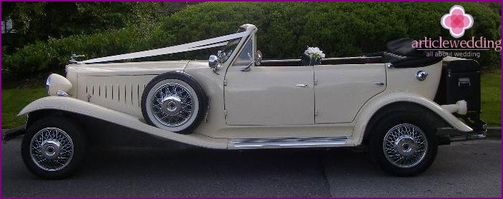 Ivory wedding: motorcade