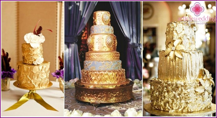 Chic Gold Cakes