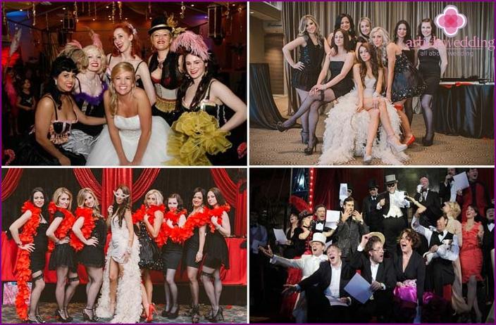 Helle Kostüme der Gäste im Stil des Moulin Rouge