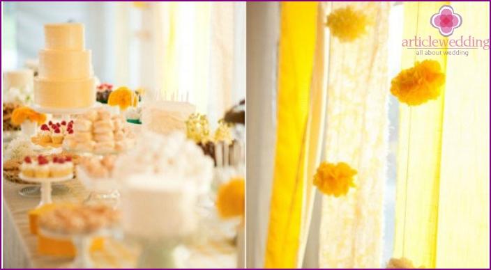 Sunny camomile banquet room decor