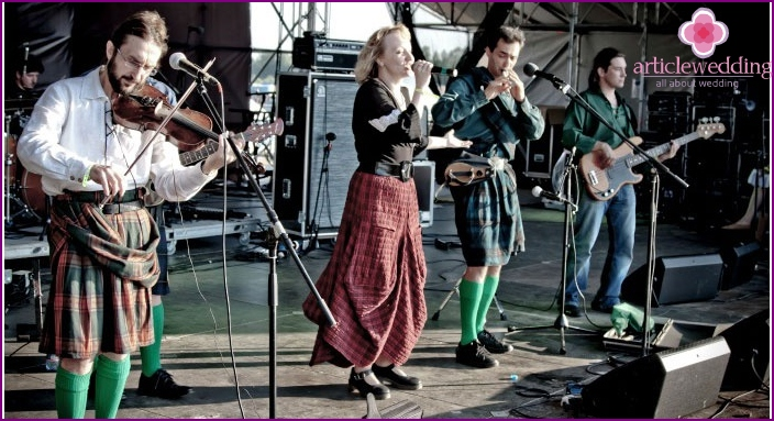 Musical group - performers of Irish music