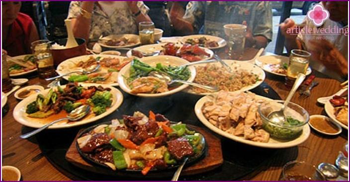 Unusual cuisine of China