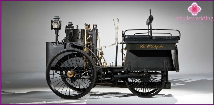 The first model of a steam car