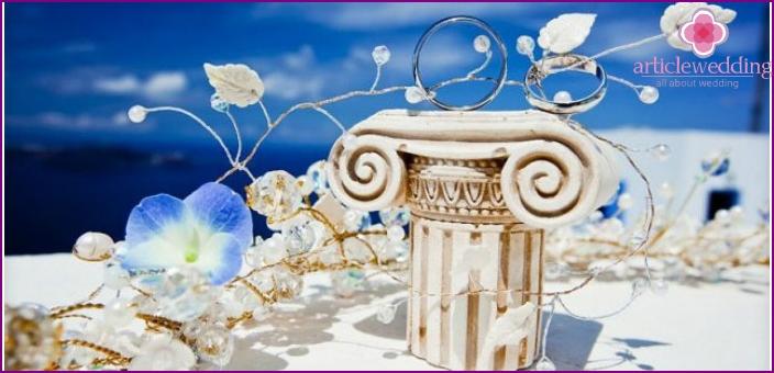 Details of the Greek decoration