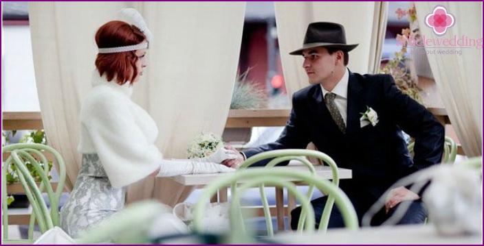 Newlyweds Fotoshooting bei einer Hochzeit im Chicago-Stil