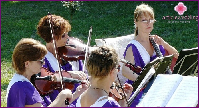 Classical music - Empire wedding decoration