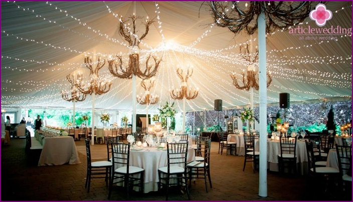 Candles in a wedding decor