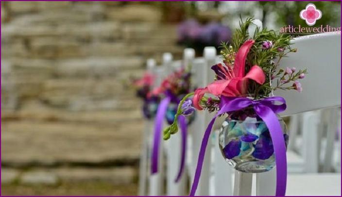 Vase mit Blumen - ungewöhnlich und stilvoll