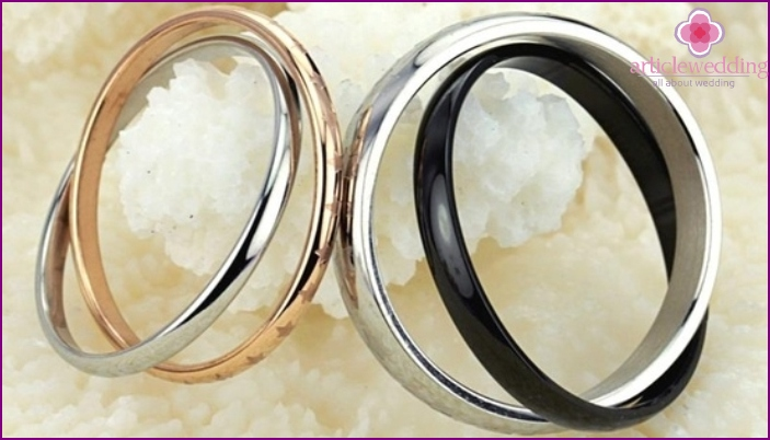 Double Rotating Wedding Rings
