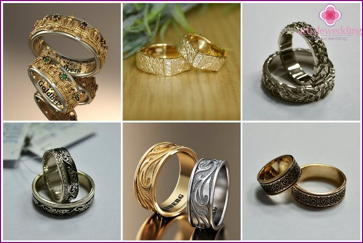 Corrugated wedding rings and with ornaments