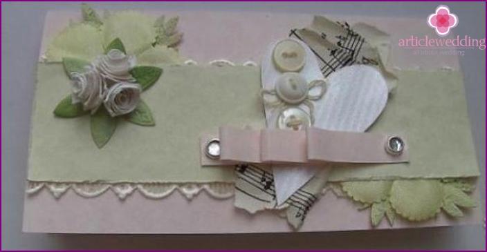 DIY wedding envelope: scrapbooking