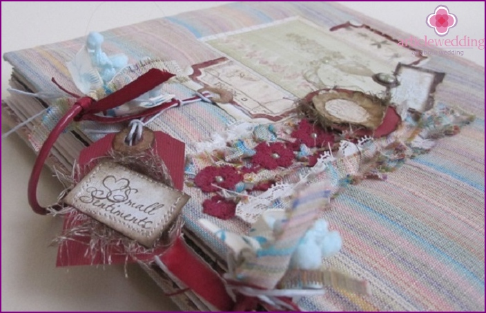 Original wedding scrapbooking albums