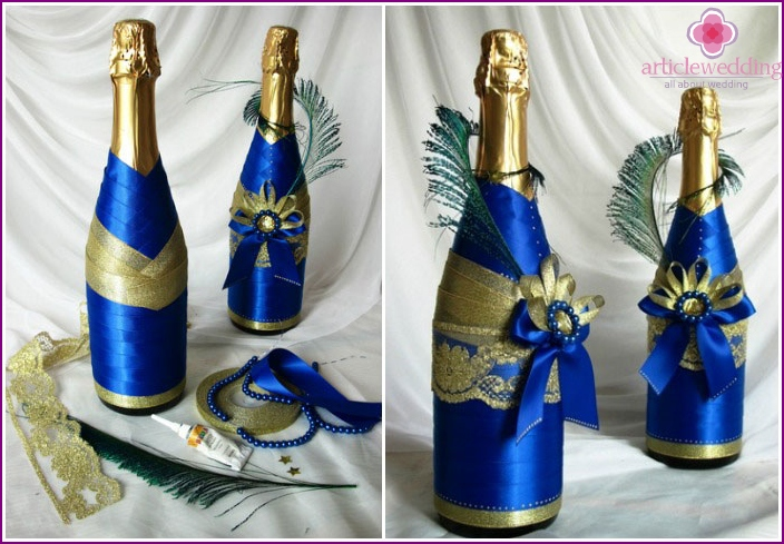 Decor of wedding bottles with ribbons