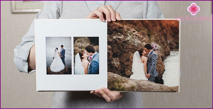 Photos in the wedding scrapbooking album