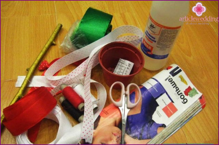 Materials for creating flowers from satin ribbons