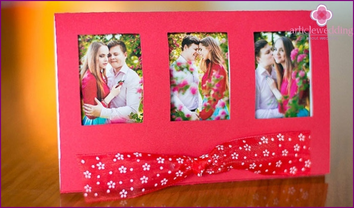 Invitation card with photo newlyweds.