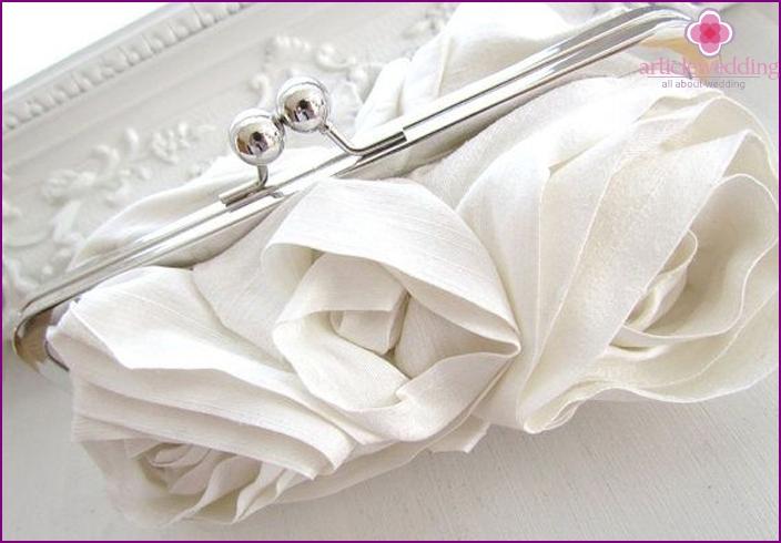 Wedding clutch