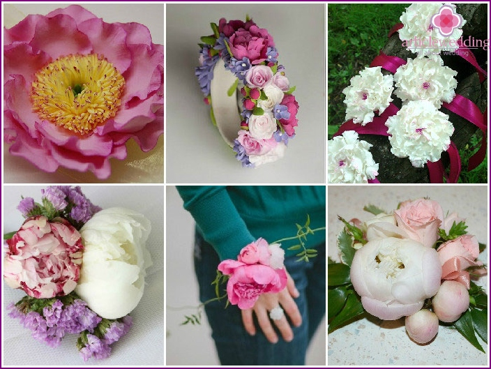 Bouquets on a hand with peonies for the witness