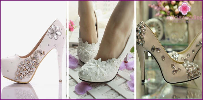 Patterns of jewelry on newlywed shoes
