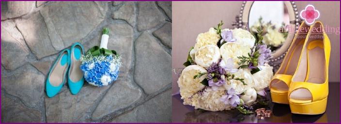 Modische Farbschuhe für die Braut
