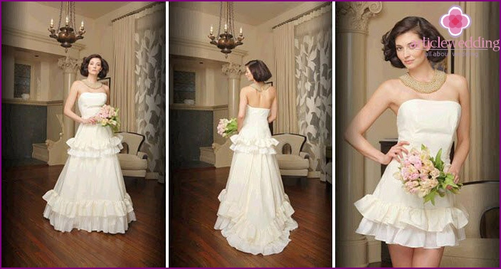 Photo of wedding models with a variable bodice
