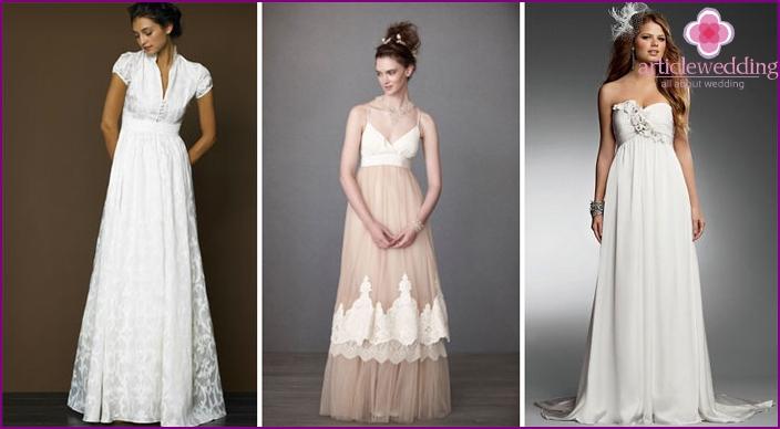 Rustikales Brautkleid mit hoher Taille
