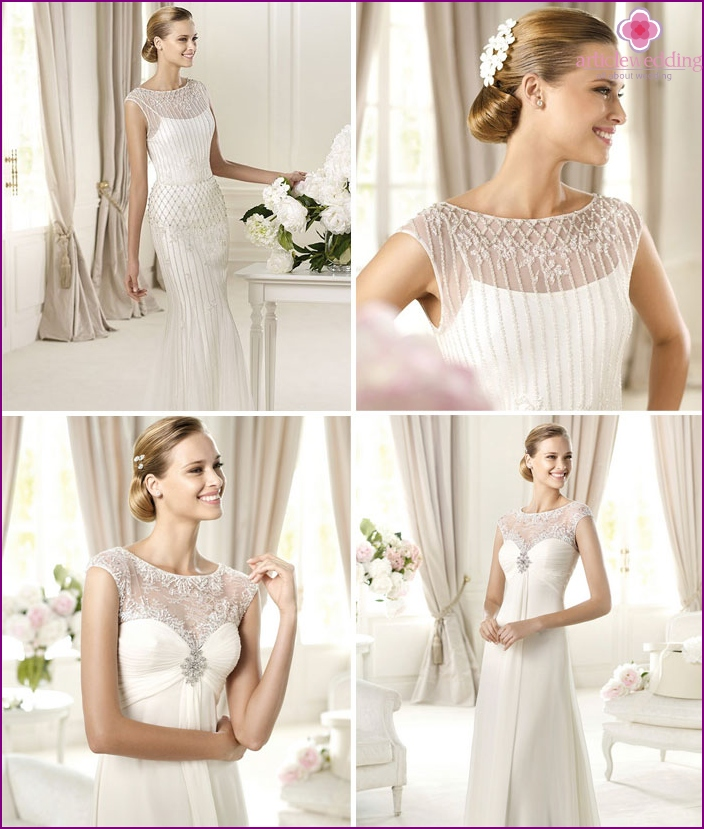 T-shirt wedding outfit complemented with transparent sleeves