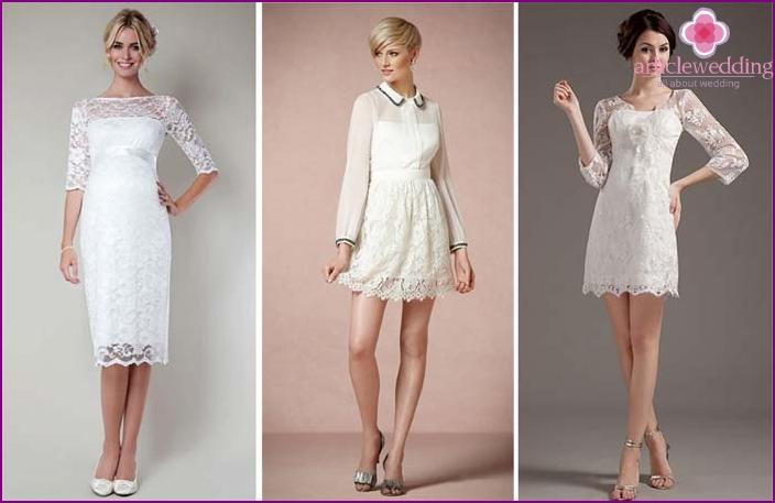 Sheath dress for a slim bride