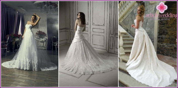 Long wedding dress with a train - classic