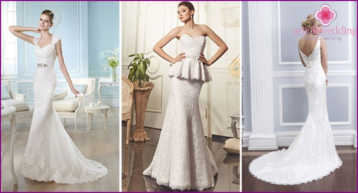 Lace dress year for brides