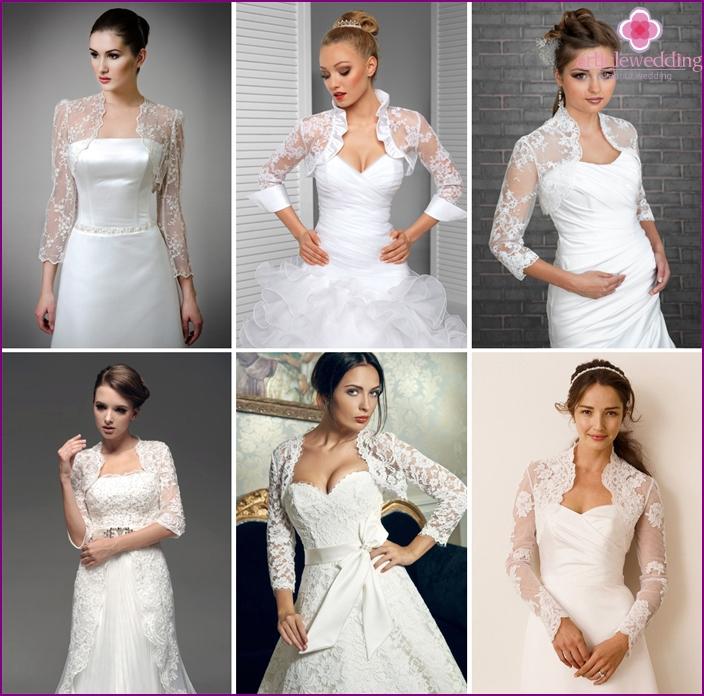 Lace bolero in the bride's wedding look