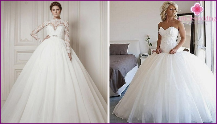 Dresses with a full skirt