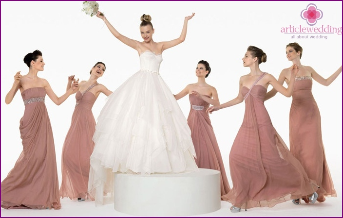 Bridesmaids in elegant dresses