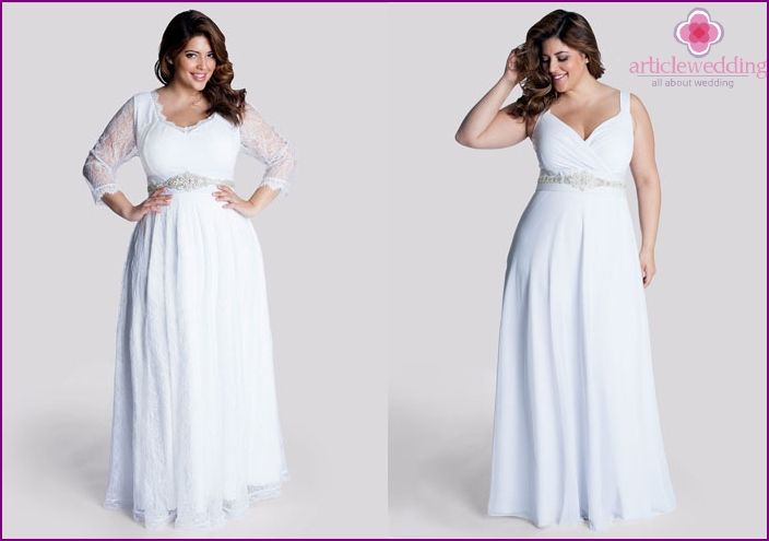 Wedding dress with a belt under the chest