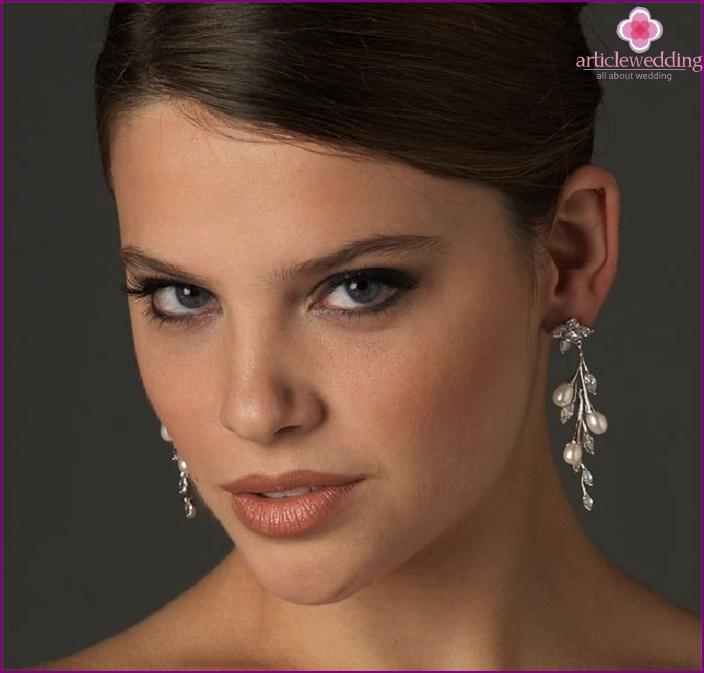 Oval face earrings