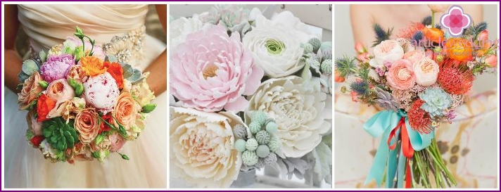 Flower mix for the bride: peonies, ranunculi, succulents